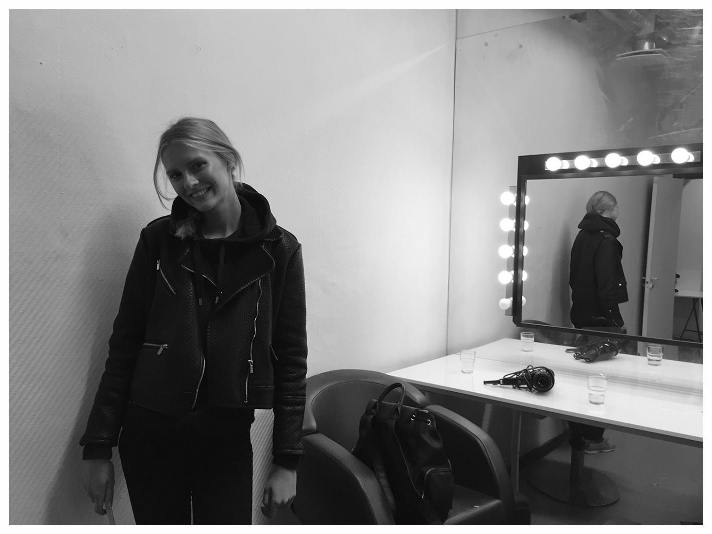 Modell backstage.jpg