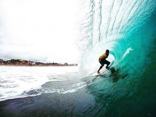 🌴 Paddle Abend wieder mit Special Guest 🌴 Heute 28 Aug 💦 Venezuelan Surf Champ - Rugby - Rugby Colmenares wird den Abend starten mit kurzes surf fitness program und danach apnea intro. Alle die dabei sein will, komm einfach schon um 18:30. Um 20:00 Paddeln wir dann los für eine Runde ca. 45 min! Wir treffen uns am Widmer Statue gerade oben von Fischstube. 🙏🏼💨 . . . #finspassion #surfzurich #surfzürich
