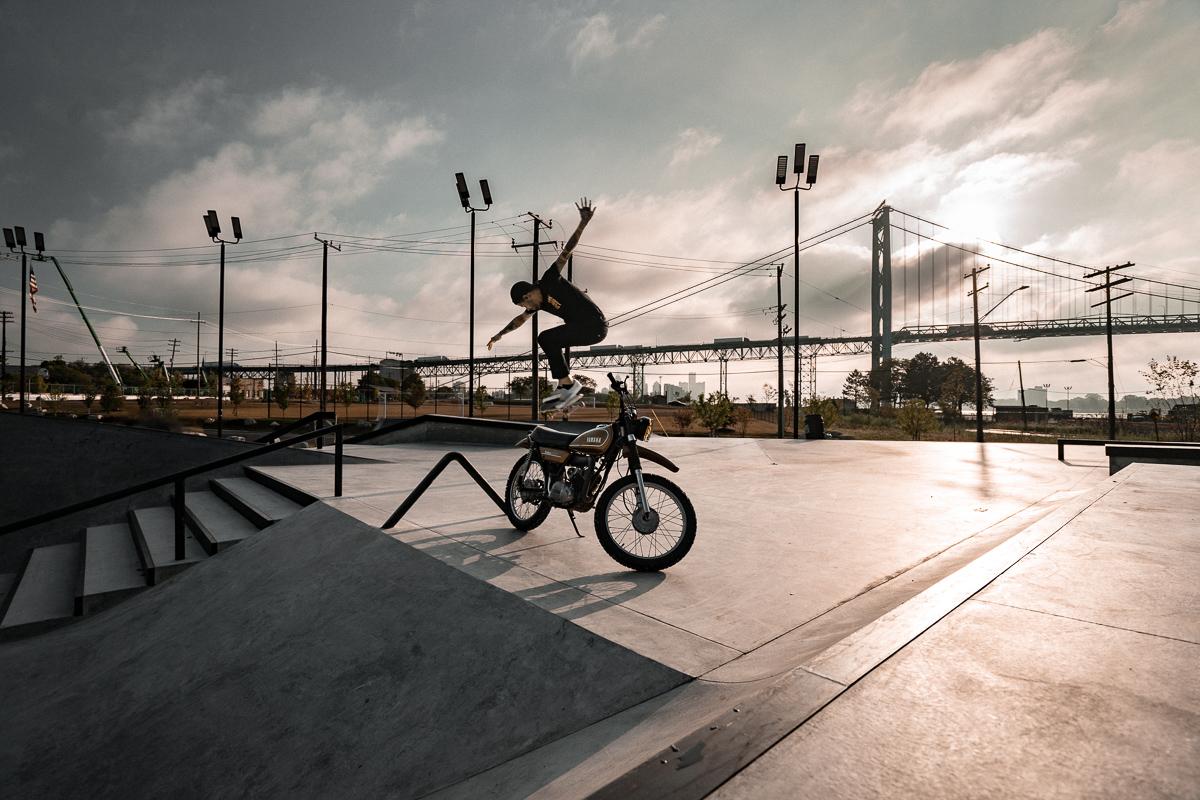 john-sippel-vltrr-riverside-skatepark-detroit-bike-jump