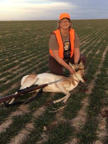 My friend Kelli gets this year's antelope doe.JPG