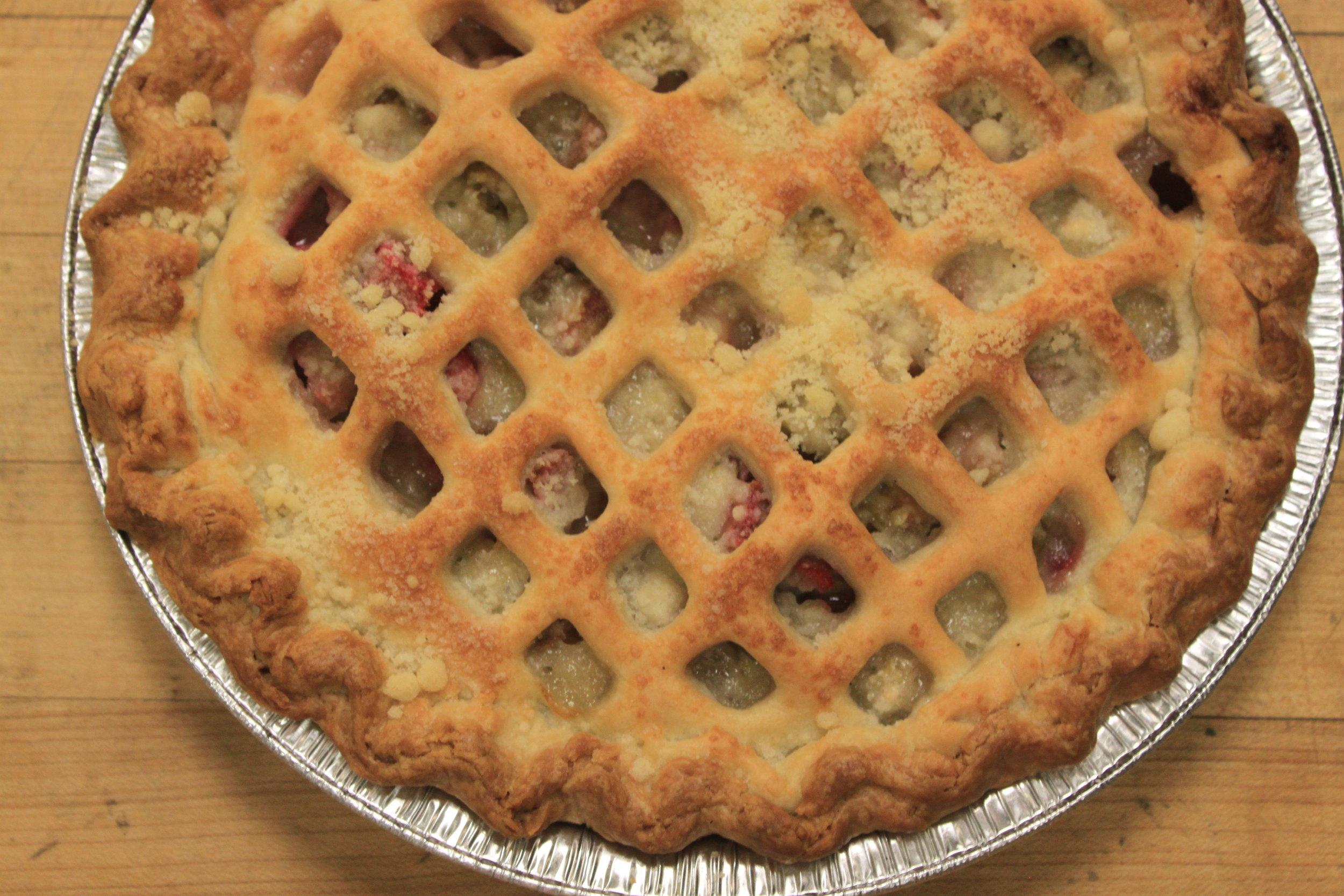 Strawberry Rhubarb Pie (late Spring)