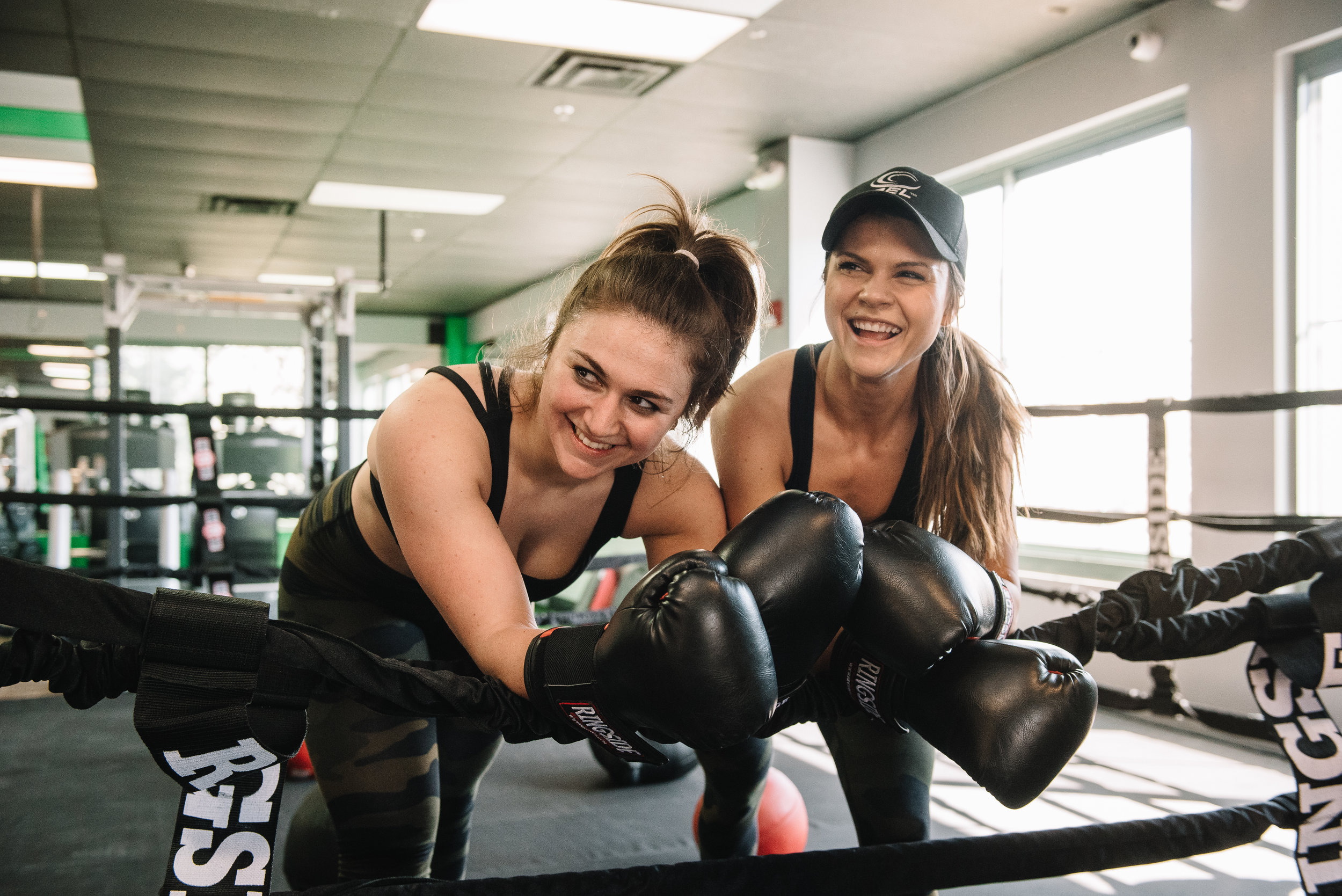 JOIN - Sign up today - Try a HIIT 40 Boxing Class Free
