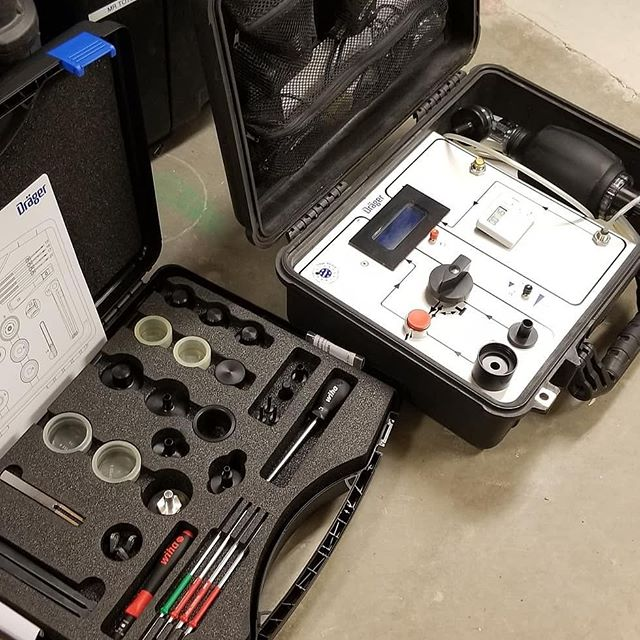 Thank you to Dräger (Santa) for the brand new isolation kit to go with our test it for the team's BG4s! We have the best sponsors ever! . . . . #ubc #ubcminerescue #mine #minerescue #mining #engineering #ubcengineering #sponsored #equipment #christmas #vancouver #instagram #followme #love #thankyou