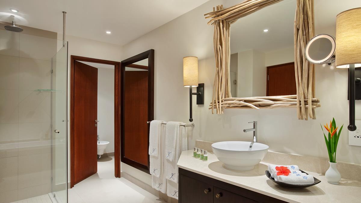 onebedroombeachsidesuitebathroom.jpg;width=1200;height=675;mode=crop;anchor=middlecenter;autorotate=true;quality=75;scale=both;progressive=true;encoder=freeimage;format=jpg.jpeg