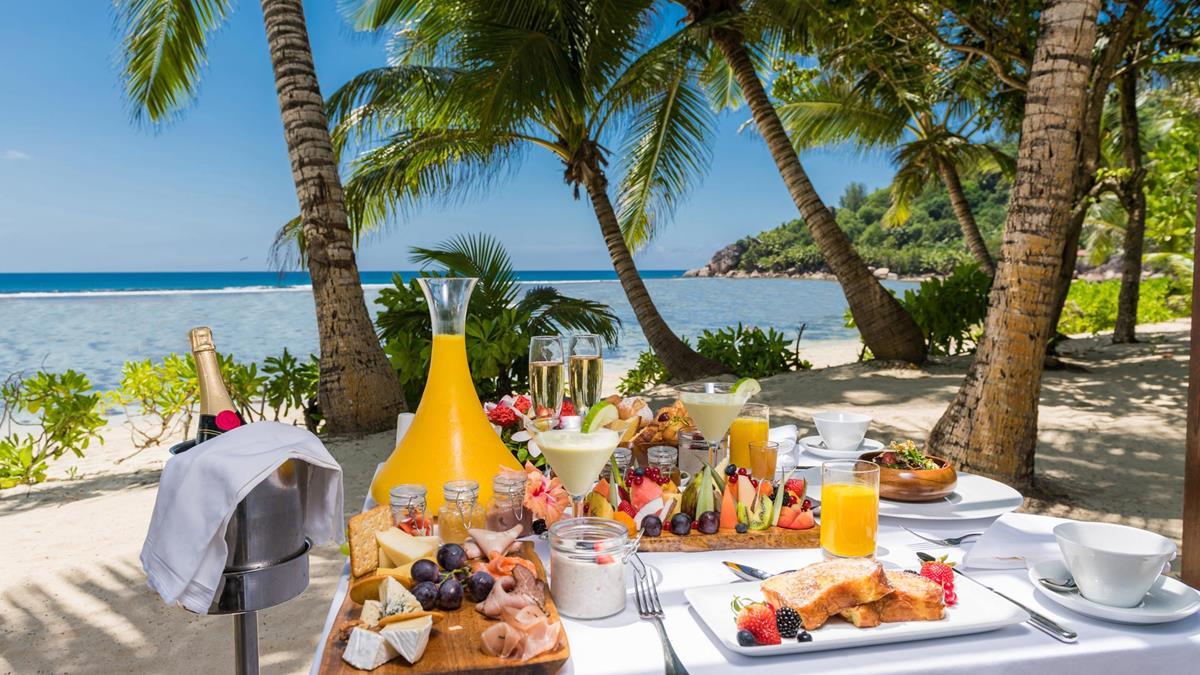 d_kempinski-seychelles_breakfast-on-the-beach-close-up.jpg;width=1200;height=675;mode=crop;anchor=bottomcenter;autorotate=true;quality=75;scale=both;progressive=true;encoder=freeimage;format=jpg.jpeg