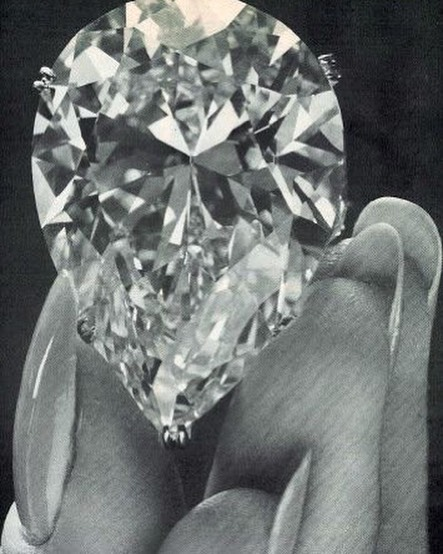 Let's talk diamonds: They're the hardest material on earth, 58 times harder than anything else found in nature. This makes them a great decision when choosing them for everyday pieces such as engagement and wedding rings. All diamonds used in L. SHOFF jewelry are reclaimed, lessening our environmental impact on the planet. . . . To read more about our diamonds head over to lshoff.com and click on the materials page💎