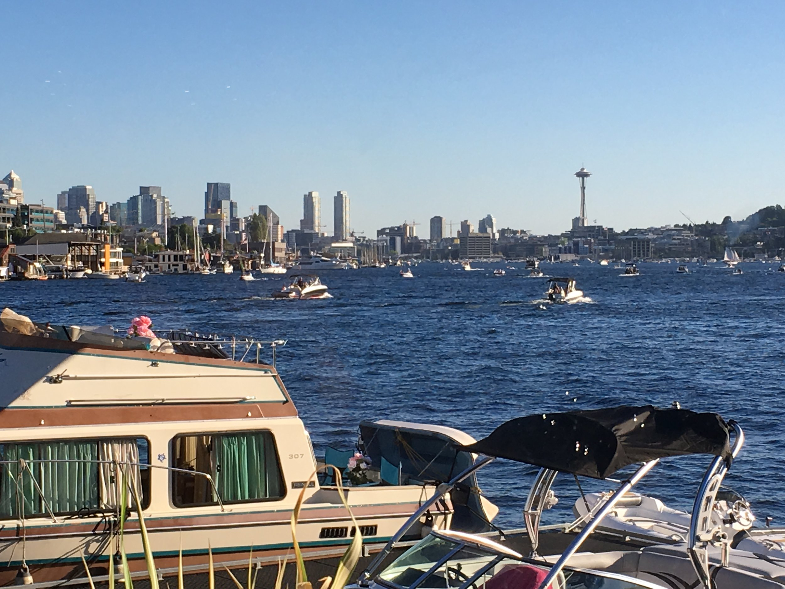 View of Seattle skyline and Lake Union from Ivar's Salmon House