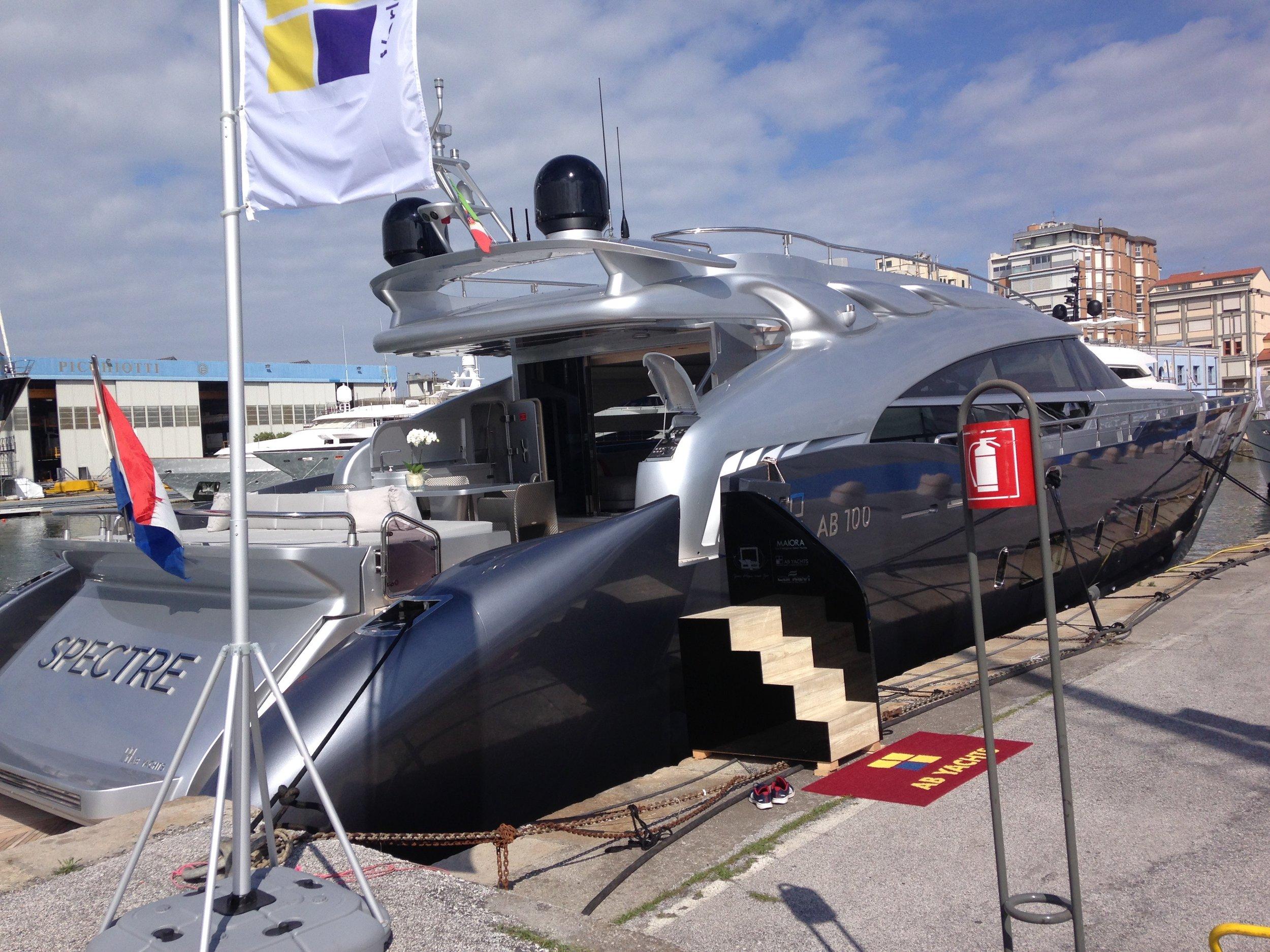 30m AB Yachts M/Y Spectre