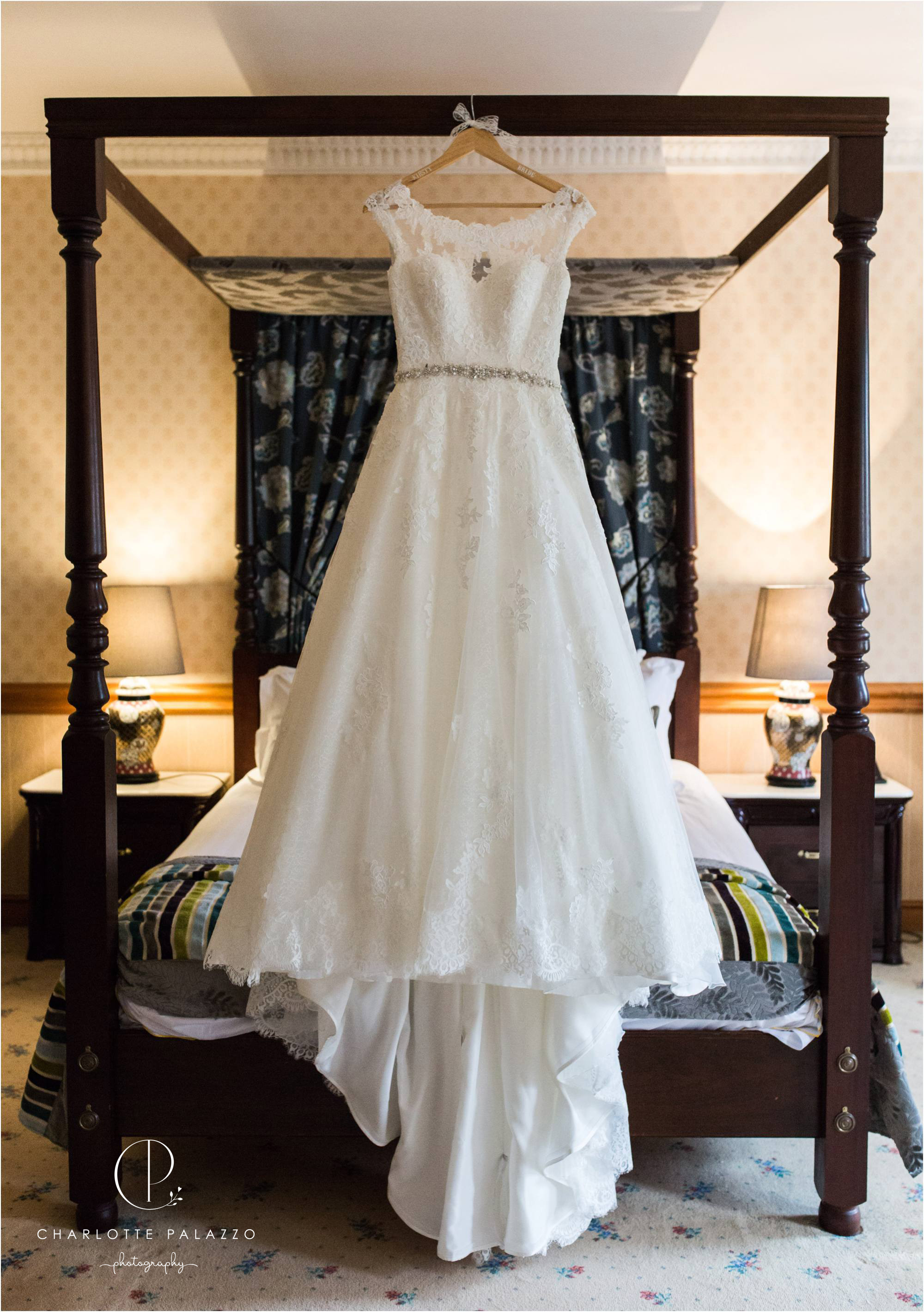 Kirst_Peter_Snowy_Nunsmere_Hall_Winter_Wedding_Cheshire_Photographer_0003.jpg