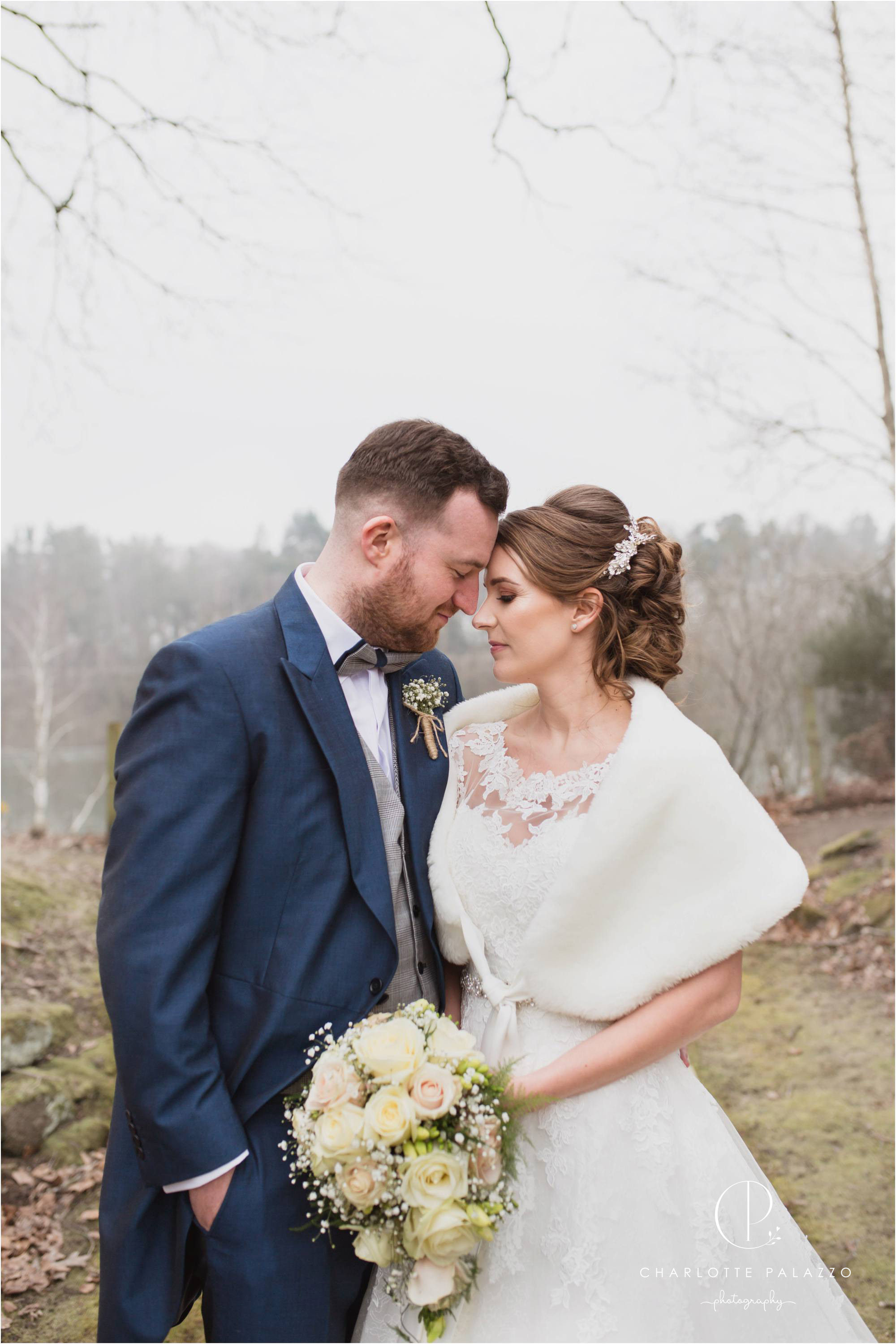 Kirst_Peter_Snowy_Nunsmere_Hall_Winter_Wedding_Cheshire_Photographer_0017.jpg