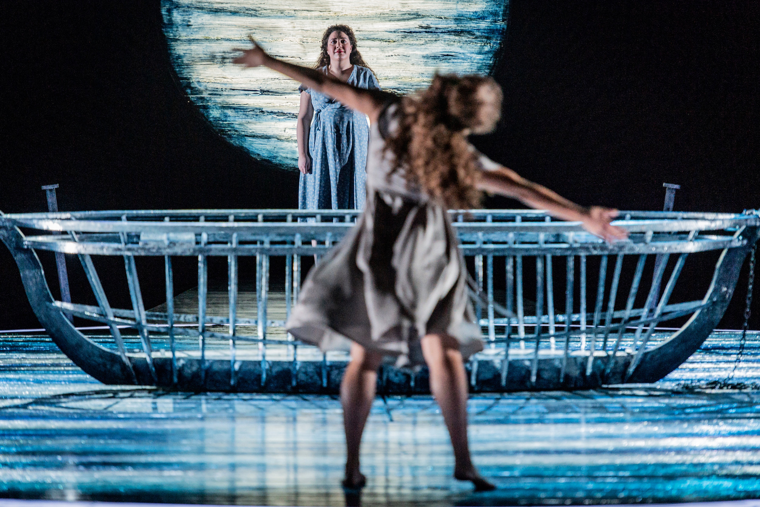 Nazan Fikret as  Elin  & Ellyn Hebron as  The Spirit of Elin    AGREED  ©Glyndebourne Productions Ltd. Photo: Robert Workman 2019