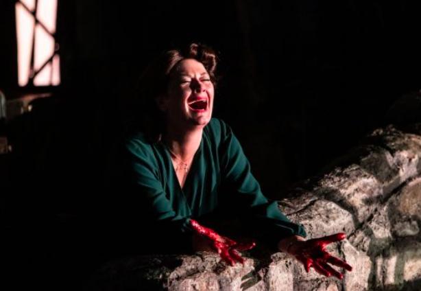 Yvonne Howard as  Rosa Mammai    L'ARLESIANA  at Opera Holland Park July 2019 Photo: Ali Wright