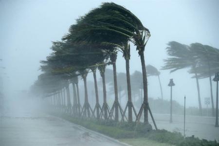 170911-hurricane-irma-mc-752_2_bbba781eb72176932786a153989f7657.nbcnews-ux-2880-1000.jpg