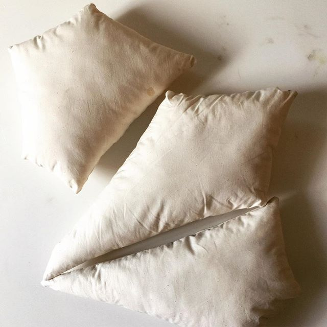. . . parametric pillows #design #contemporarydesign #experimental #prototyping #furnituredesign #graphic #inthestudio #interiordesign #bradleylbowers
