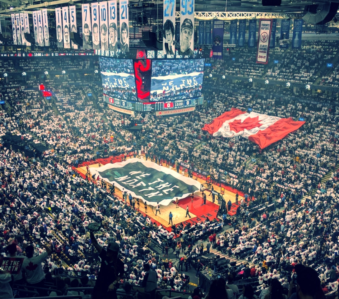 THE TORONTO RAPTORS CAME BACK HOME TO PLAY IN FRONT OF THEIR HOME CROWD AGAINST THE CLEVELAND CAVALIERS BUT FELL SHORT WITH A 115-94 LOSS IN GAME 3.