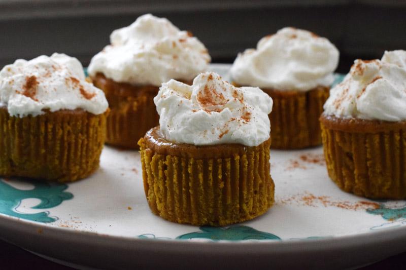 pumpkin pie cupcakes 2.jpg