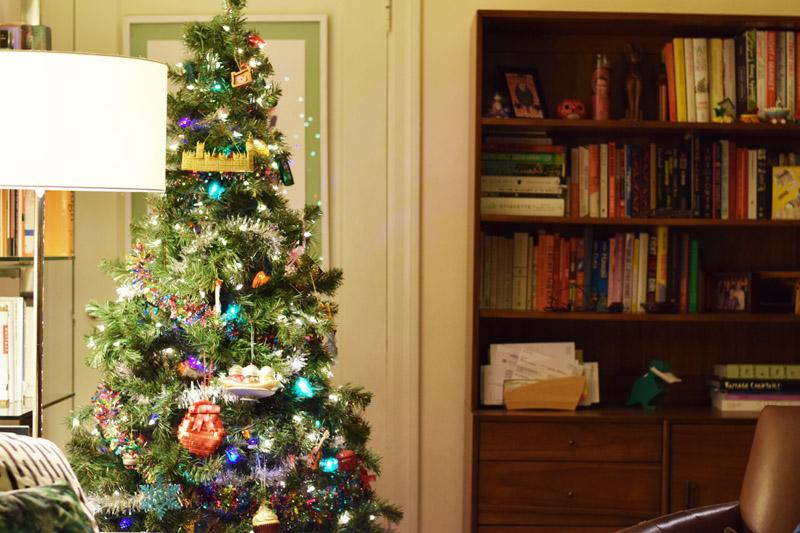 i love the tree!.jpg