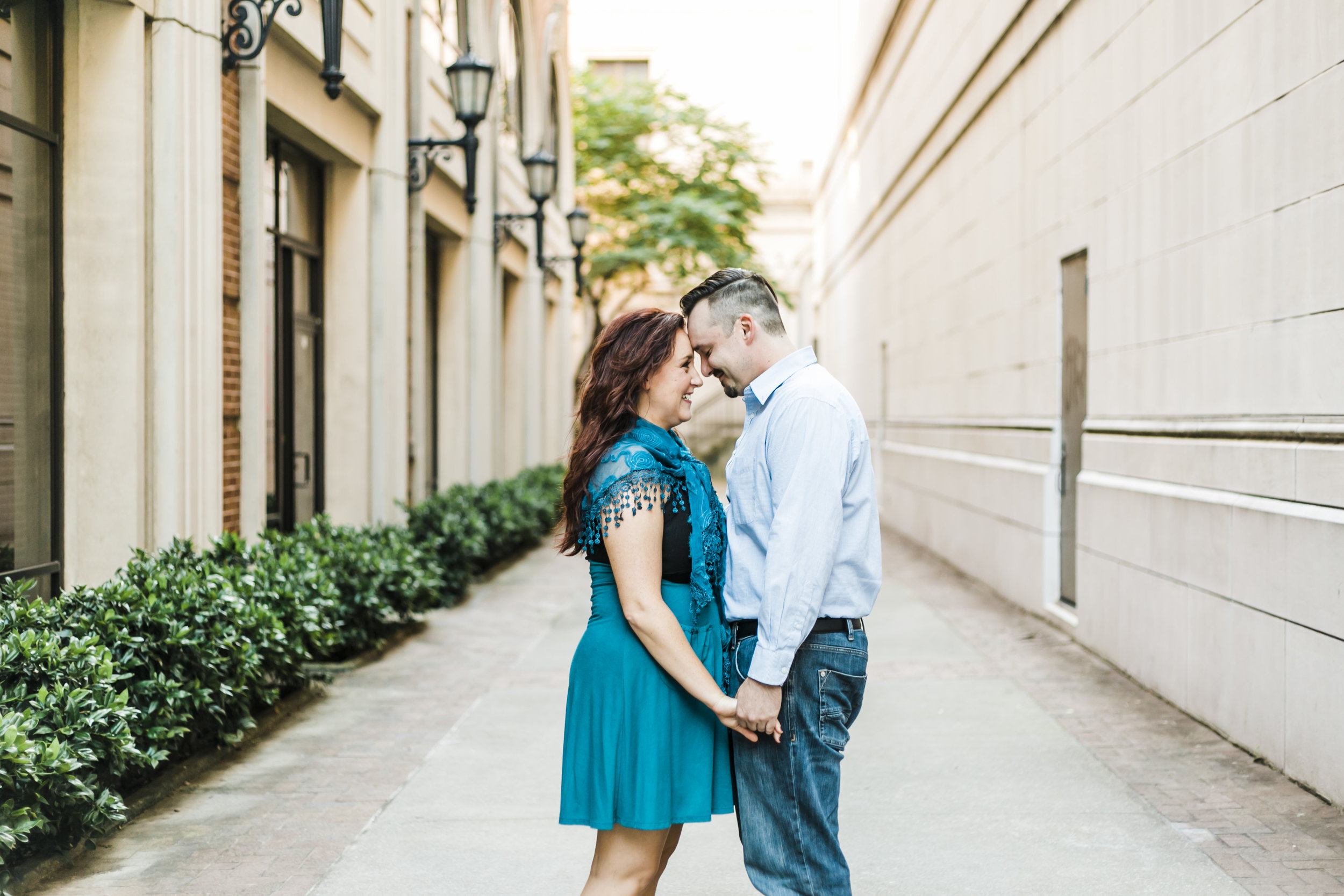 knoxville engagement and wedding photographer downtown knoxville winx photo