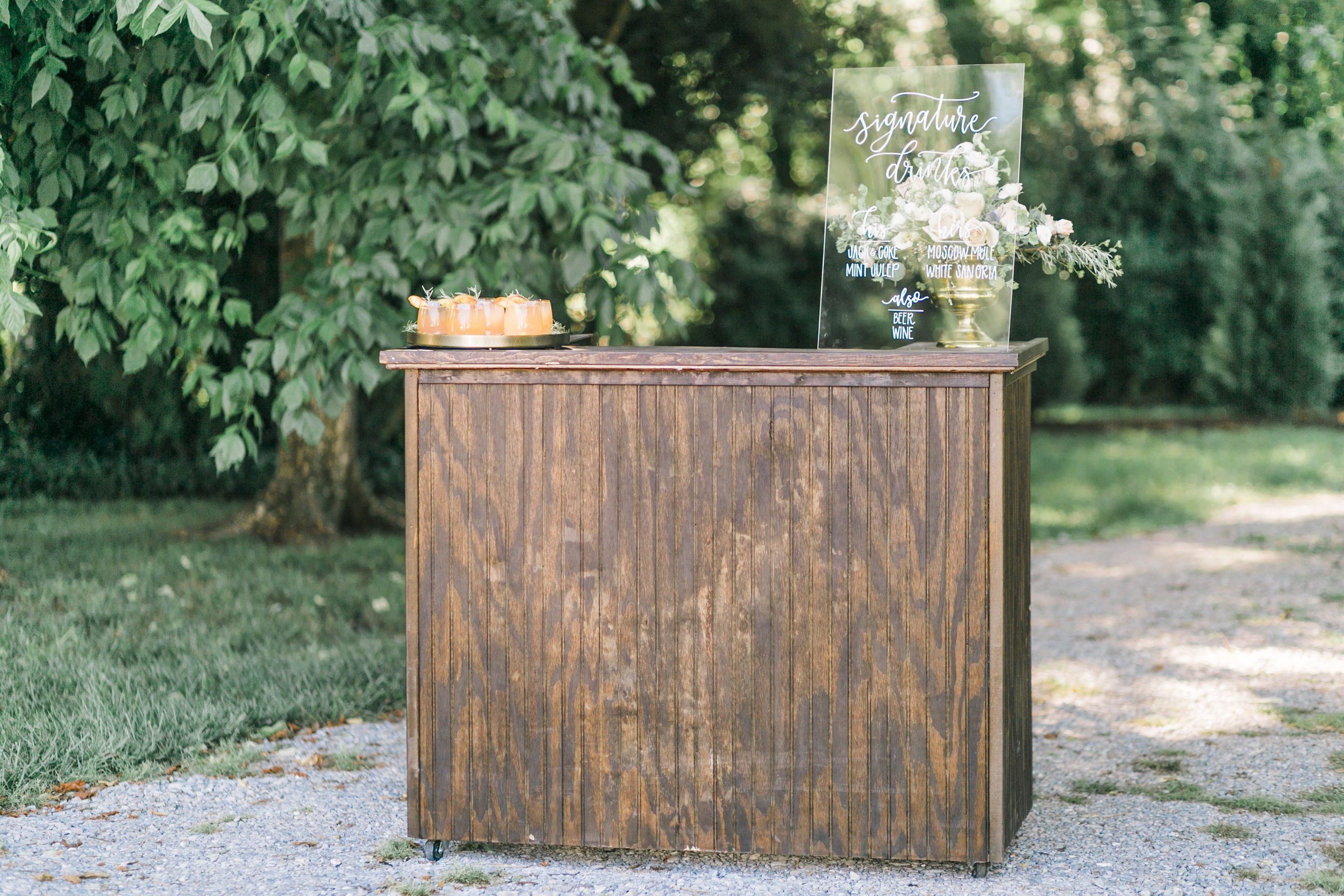 wooden-wedding-bar-rental-knoxville