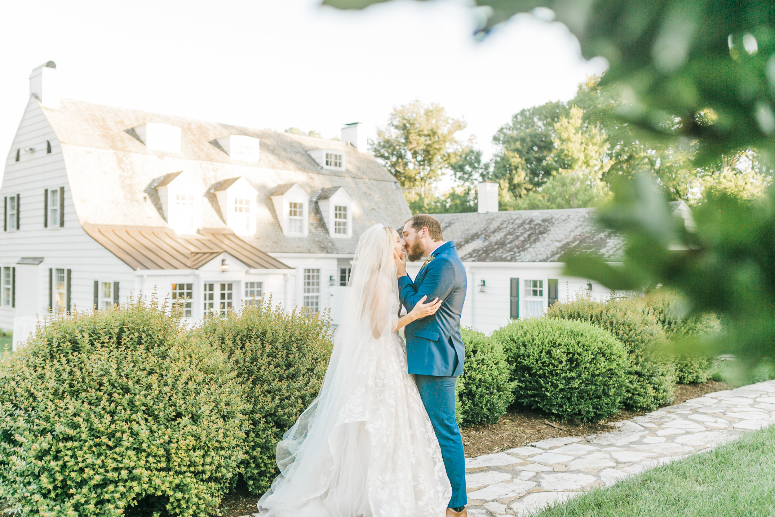 kincaid-house-tennessee-garden-courtyard-wedding