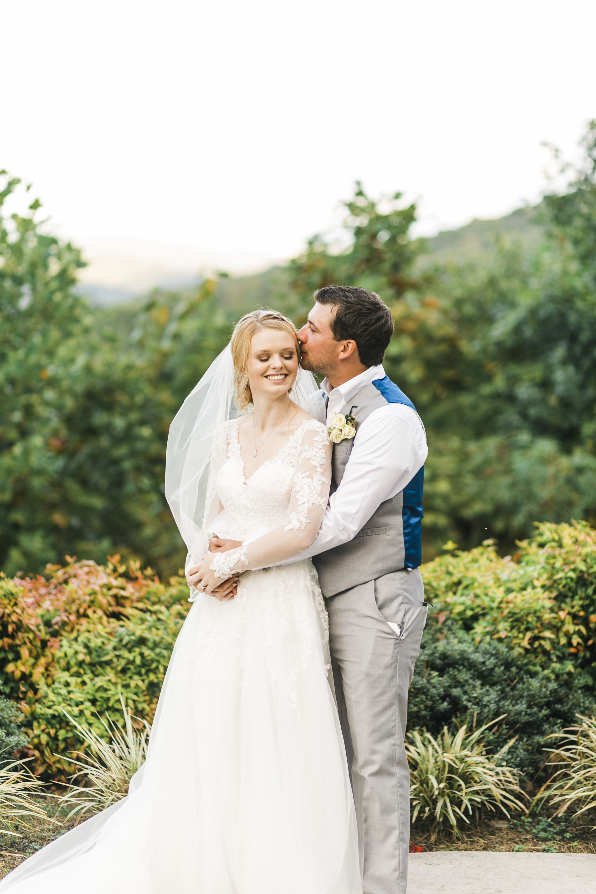 great smoky mountains destination wedding brothers cove