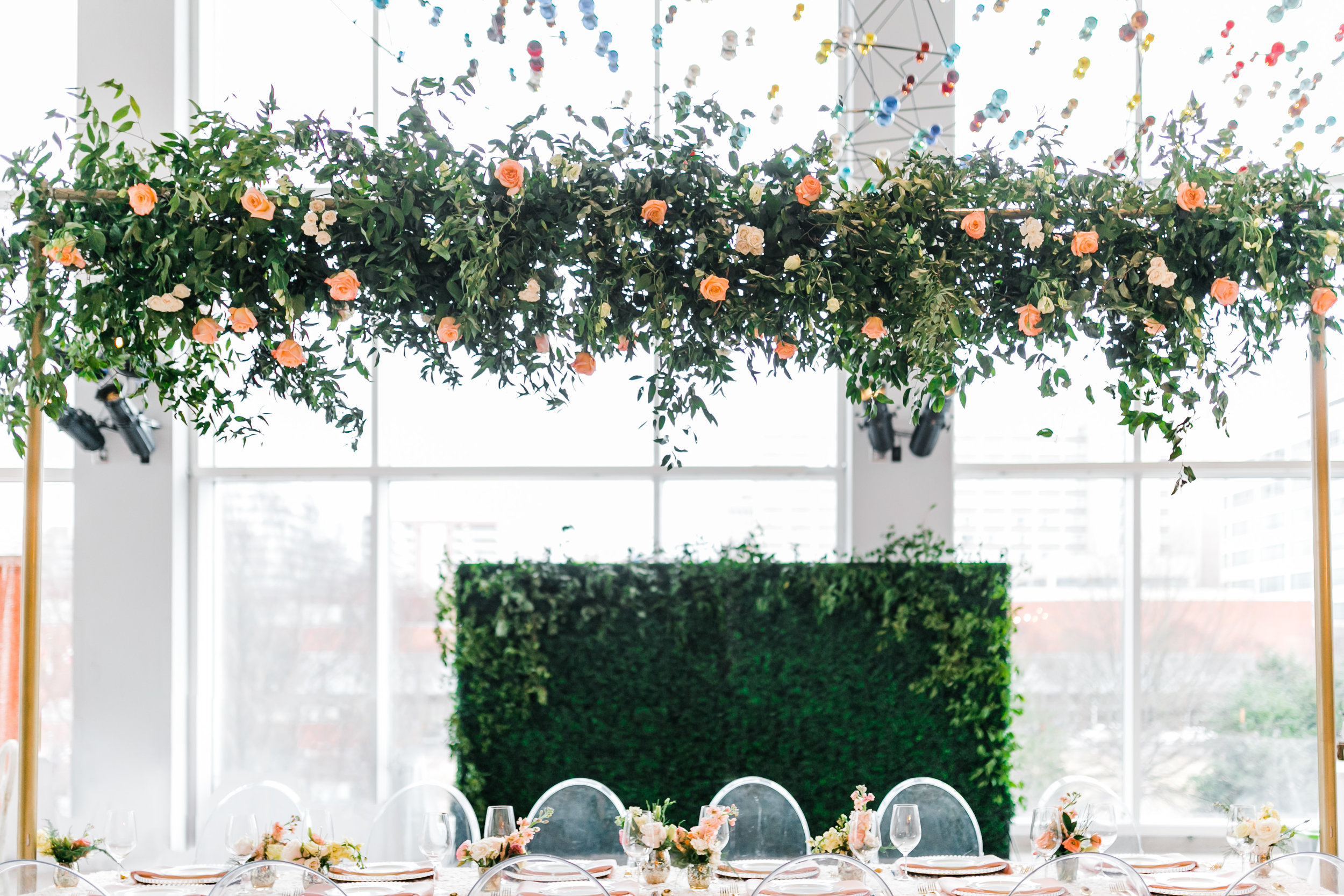 floating centerpiece at knoxville museum of art by lb florals