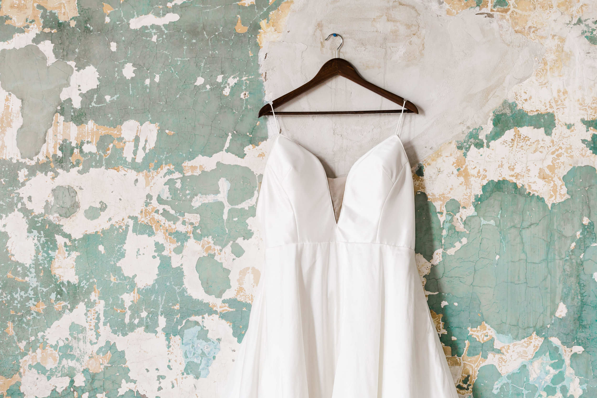 classic wedding dress at the standard knoxville green wall