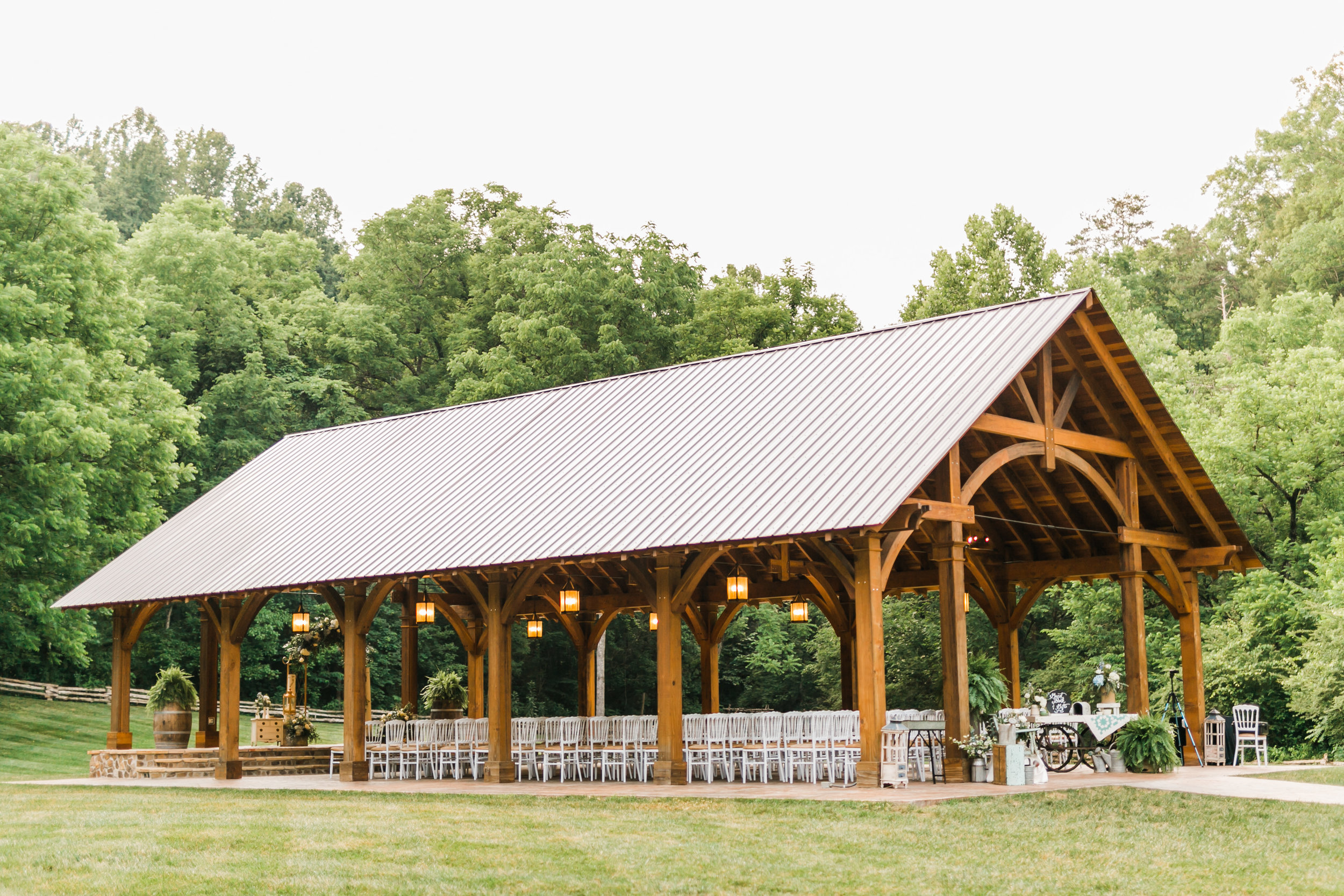 the cardinals nest wedding and events great smoky mountains