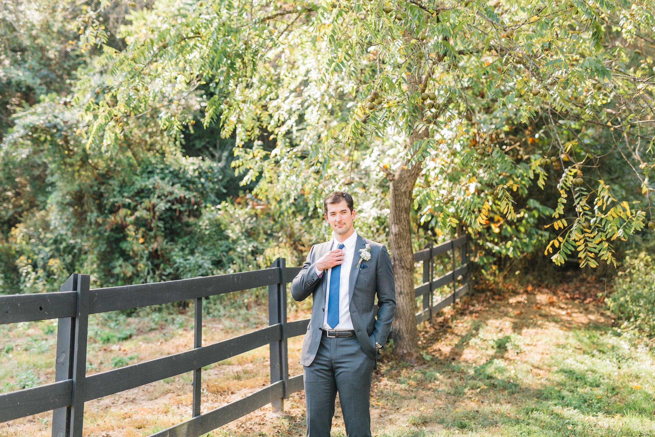 groom 4 points farm destination wedding gsmnp