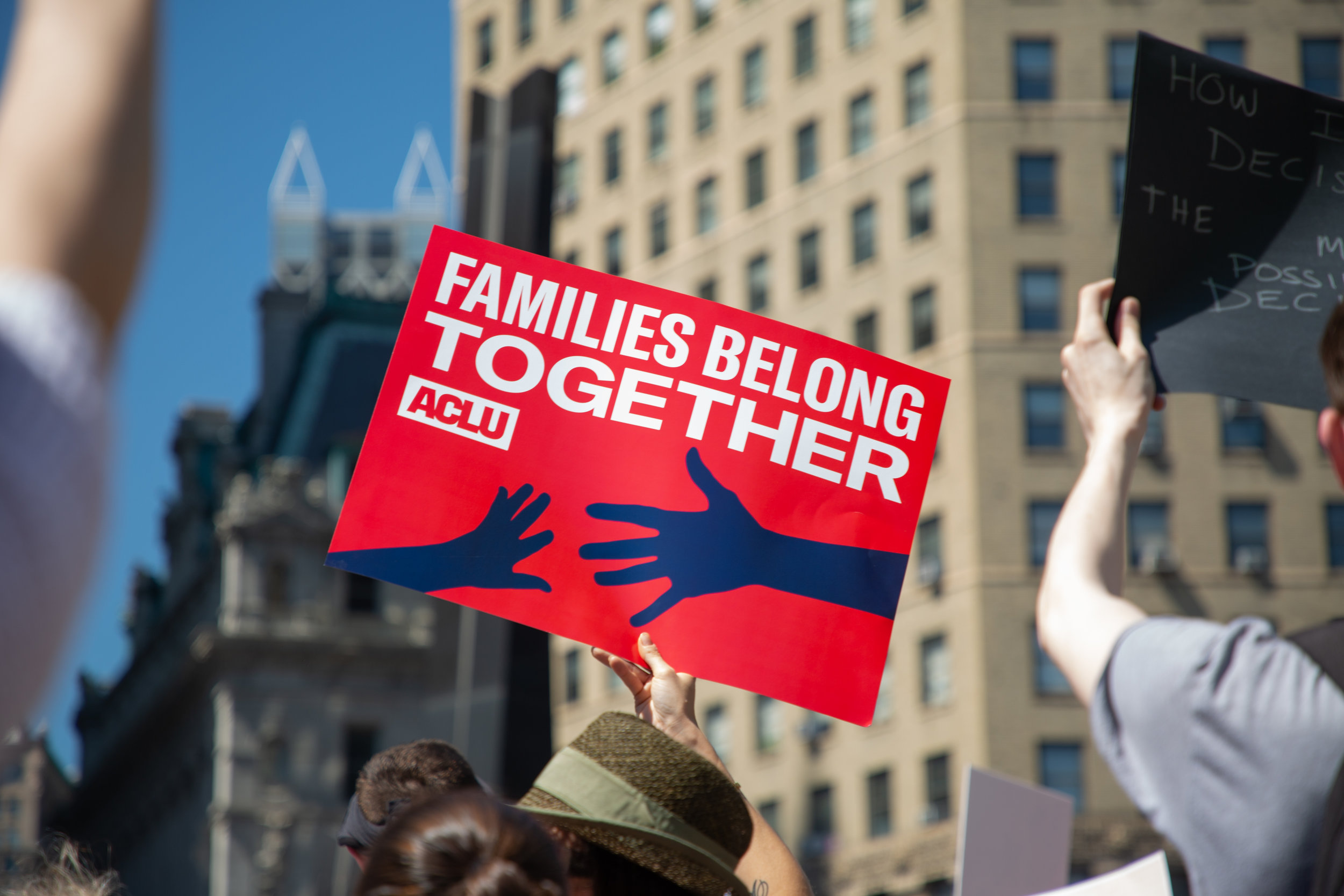 6.30.18_FamiliesBelongTogether_NYCLU-23.jpg