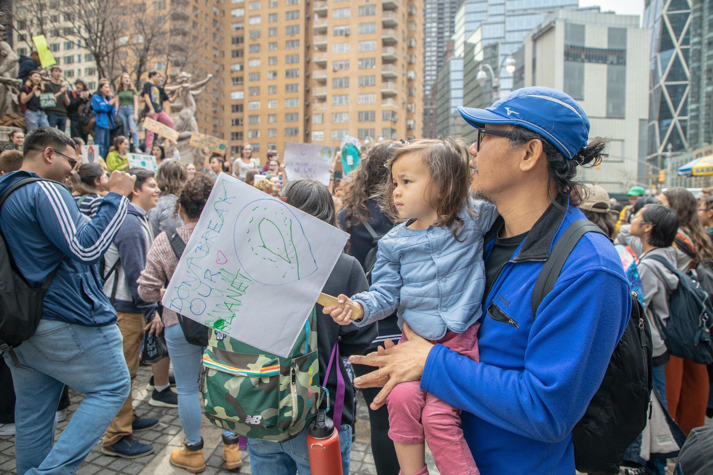 3.15.19_YouthClimateStrike_NYC_ColumbusCircle-9.jpg