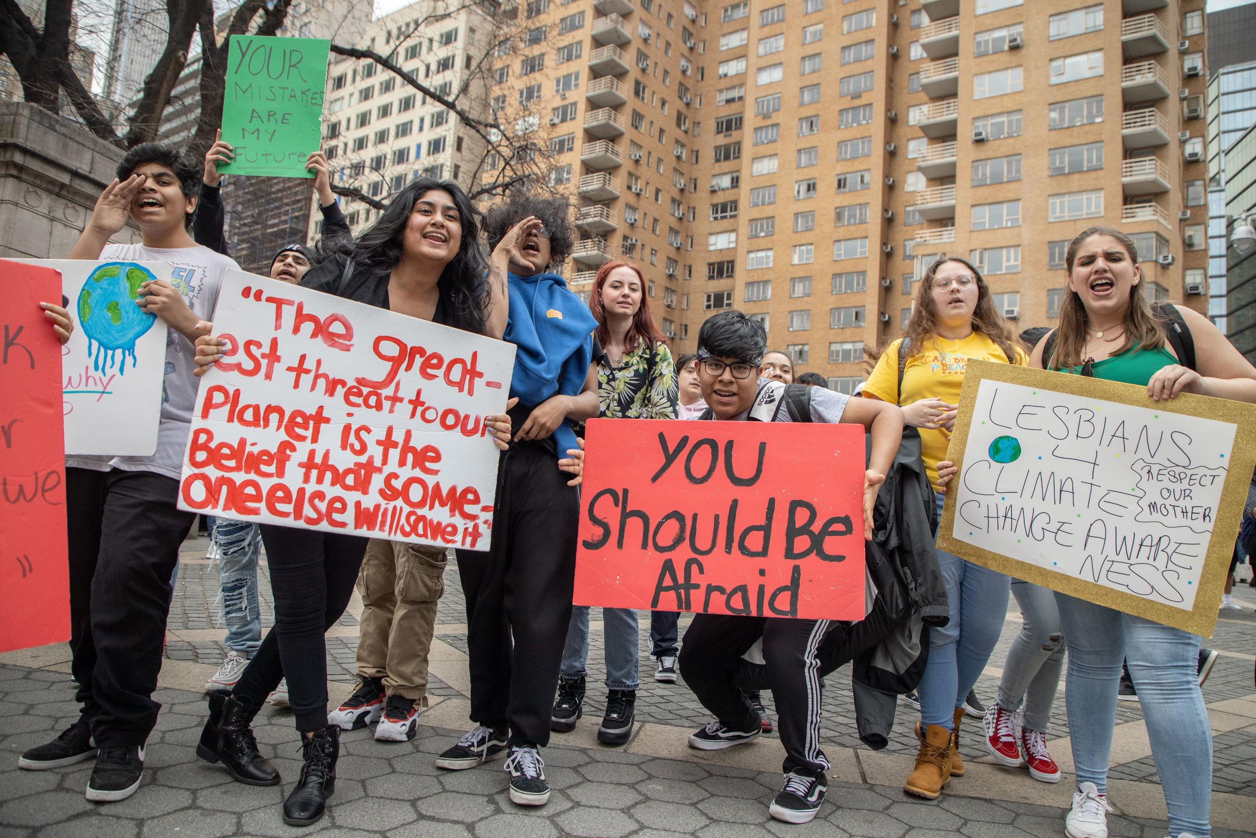 3.15.19_YouthClimateStrike_NYC_ColumbusCircle-16.jpg