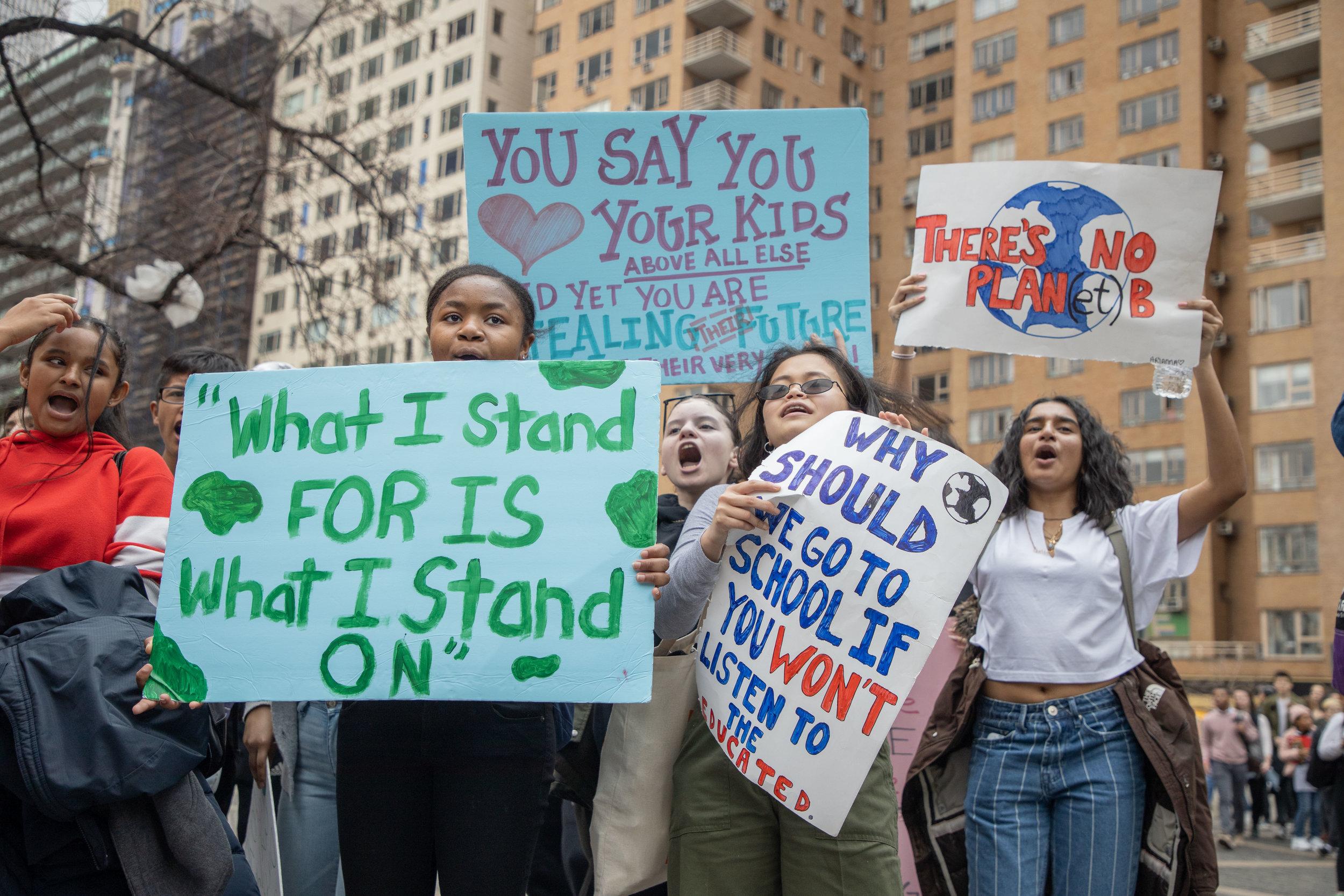 3.15.19_YouthClimateStrike_NYC_ColumbusCircle-17.jpg