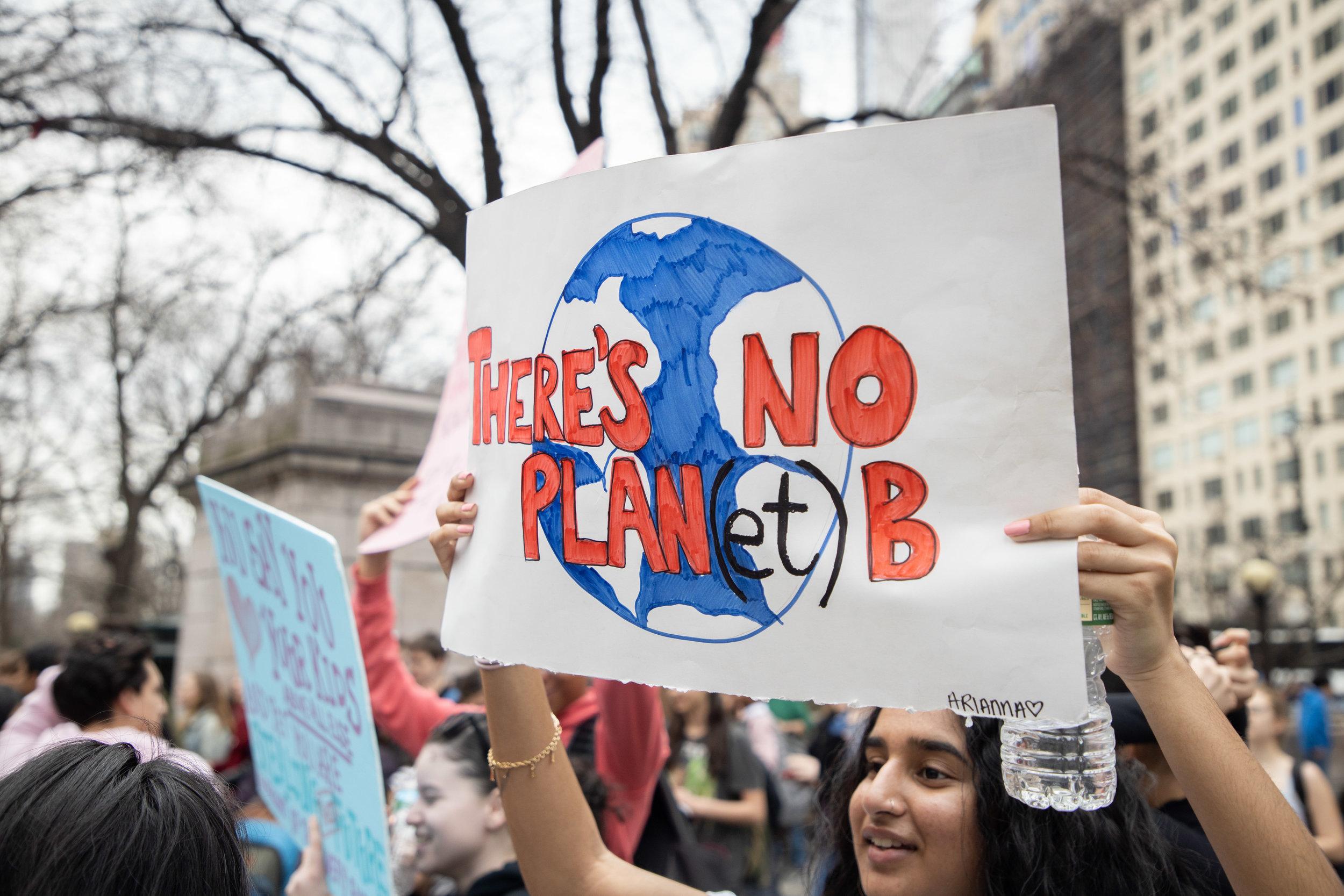 3.15.19_YouthClimateStrike_NYC_ColumbusCircle-18.jpg