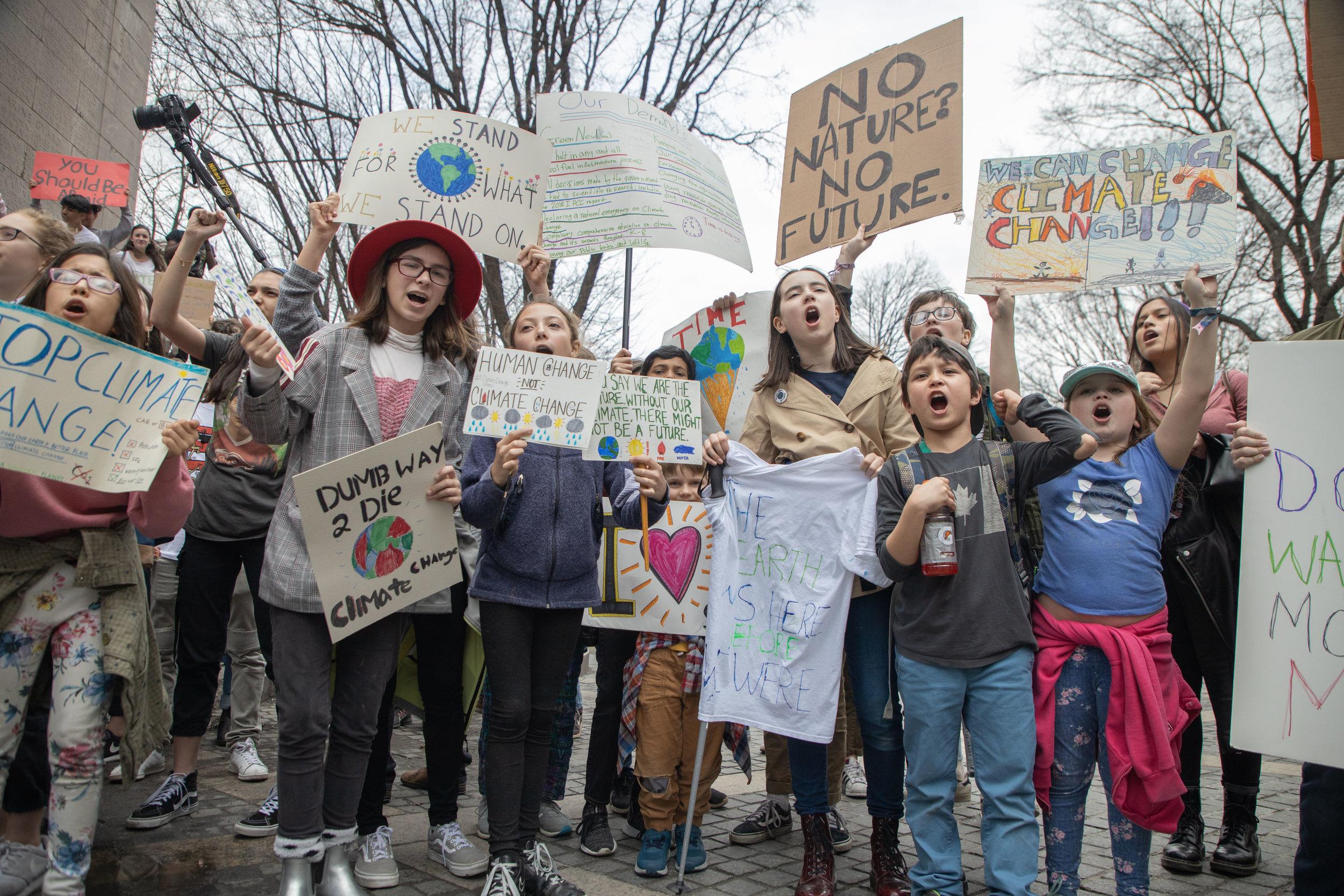 3.15.19_YouthClimateStrike_NYC_ColumbusCircle-28.jpg