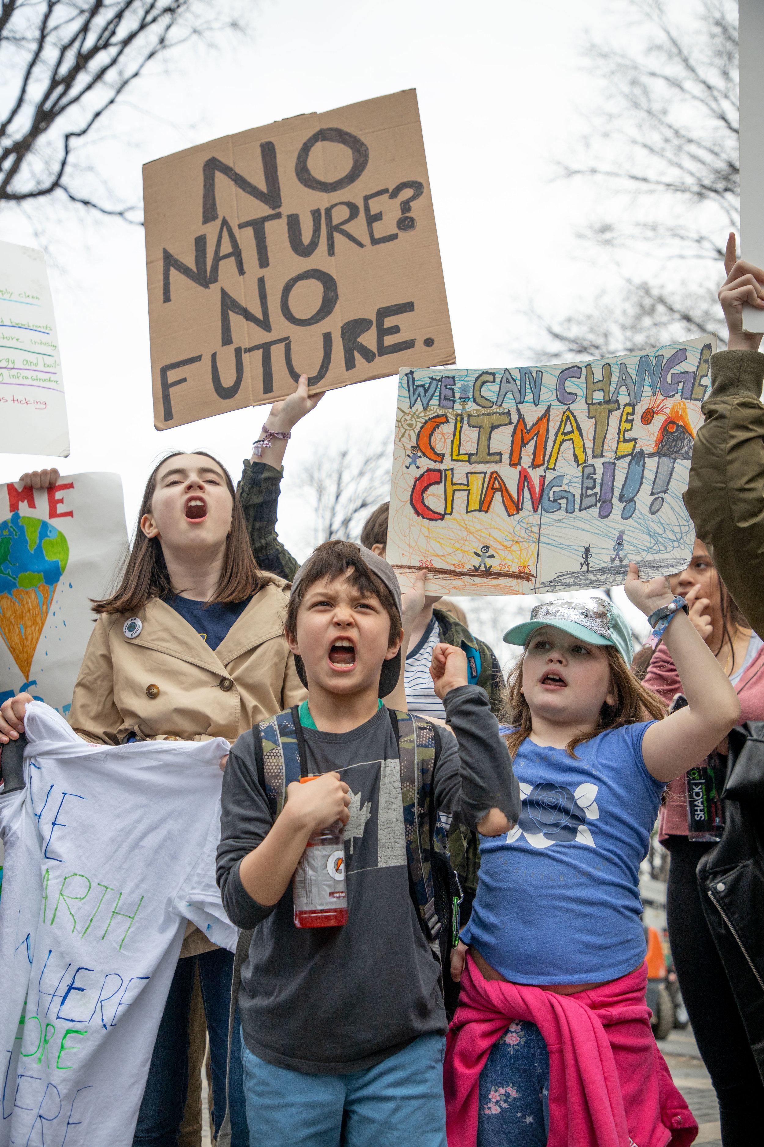 3.15.19_YouthClimateStrike_NYC_ColumbusCircle-29.jpg