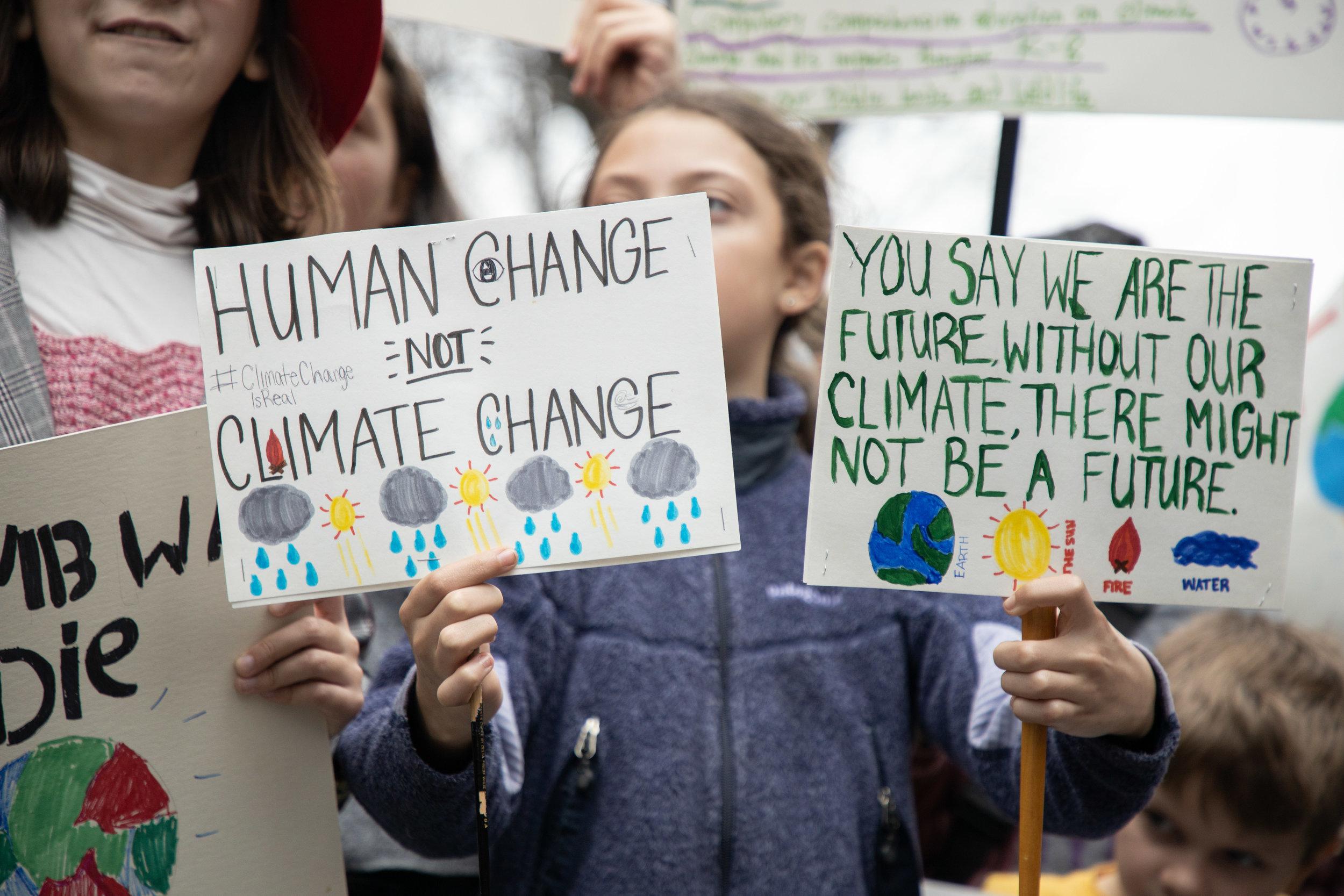 3.15.19_YouthClimateStrike_NYC_ColumbusCircle-30.jpg