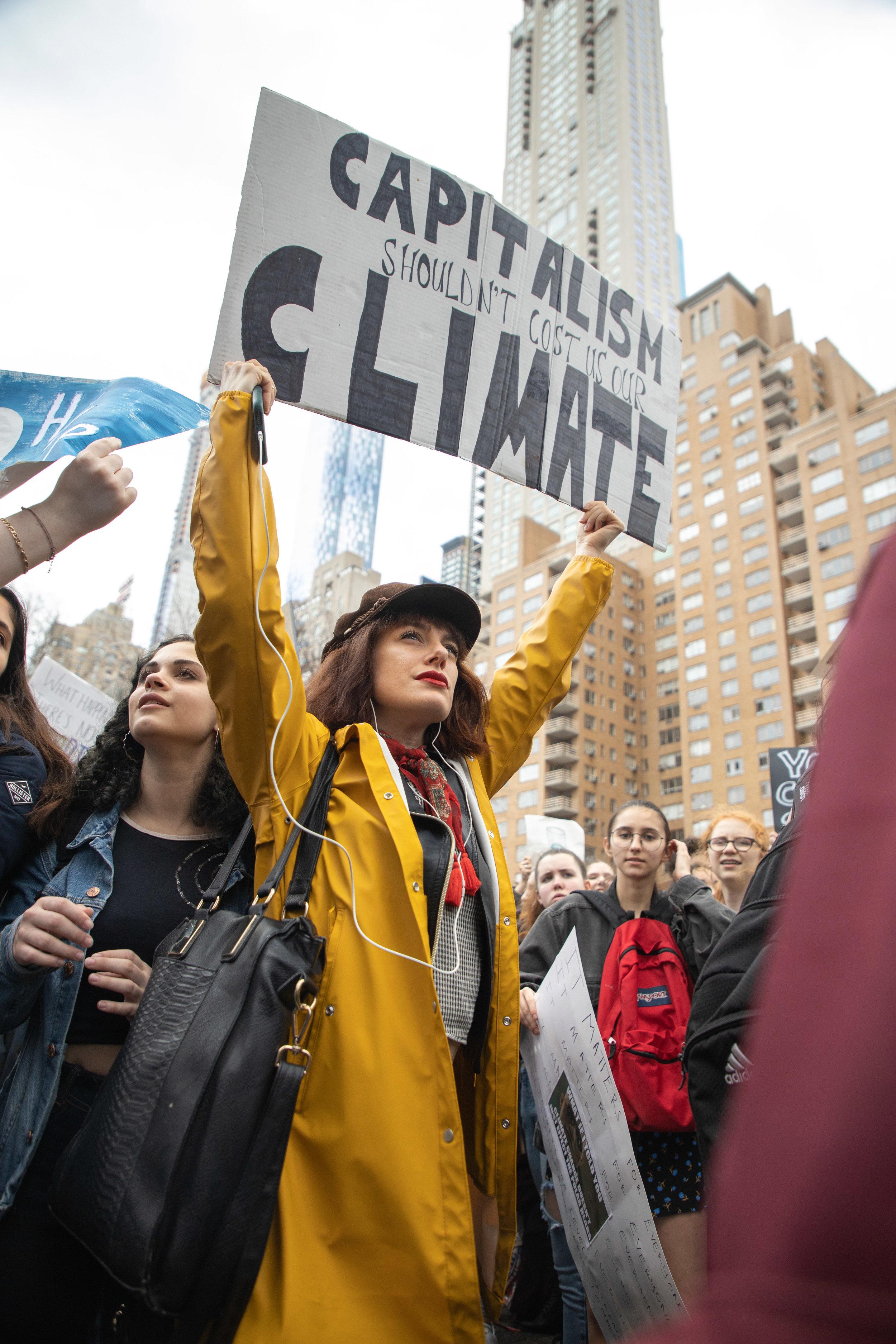 3.15.19_YouthClimateStrike_NYC_ColumbusCircle-38.jpg
