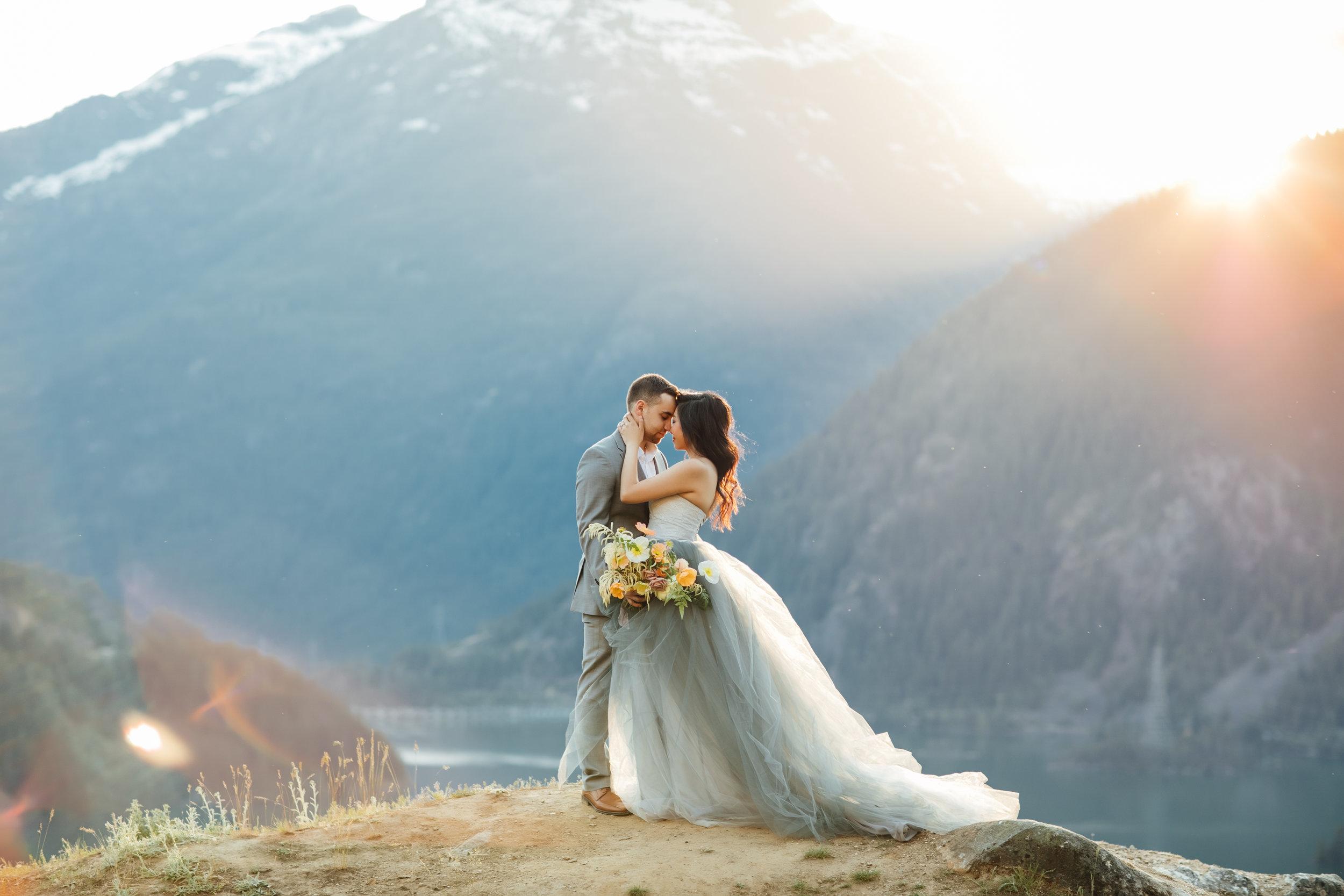 wedding-florist-Bellingham-Seattle-engagement-03.jpg