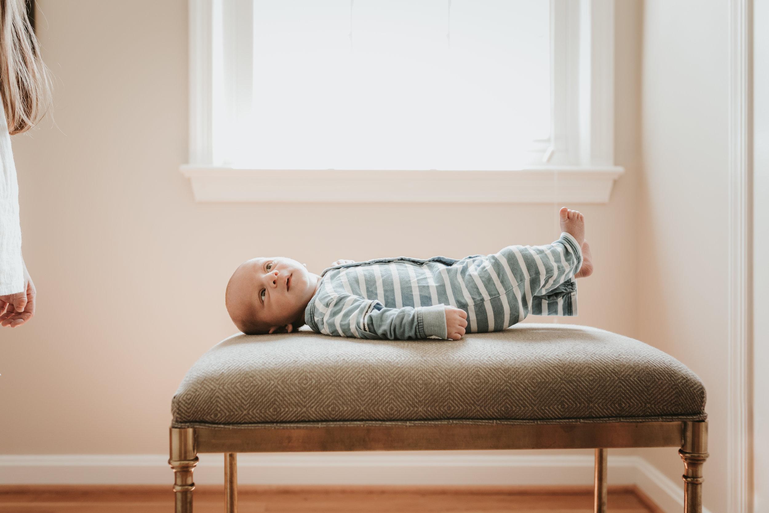 Newborn_Lifestyle_Photographer_Brandi_Markham_Potomac_Maryland