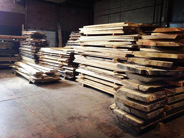 local lumber love #treeoflifemillwork #tolrocks #reclaimedwood  #liveedgewood #liveedgeslabs