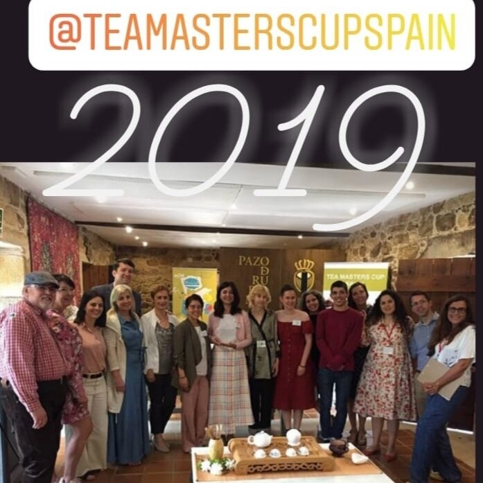 Tea Master's Cup - The Tea Masters Cup competition was first tested in Russia in 2013. At present, the Tea Masters Cup is the world's largest system of tea competition for tea preparation and serving.23 countries (Austria, Belarus, Czech Republic, Georgia, Greece, Hong Kong, Italy, Kenya, Latvia, New Zealand, Poland, Vietnam, Russia, South Korea, Singapore, Taiwan, Turkey, Ukraine, USA, France, Indonesia, Kazakhstan and Spain) take part in this project to promote aspects of the different tea cultures.The competitions are held in four categories:Tea preparation, Tea Pairing, Tea Tasting and Tea Mixology.We are proud to announce that Pilar Serrano (European Tea Society Member), is the winner of the 2019 Tea Masters Cup Spain which took place on the 29th June at Pazo de Rubianes in Galicia, Spain.