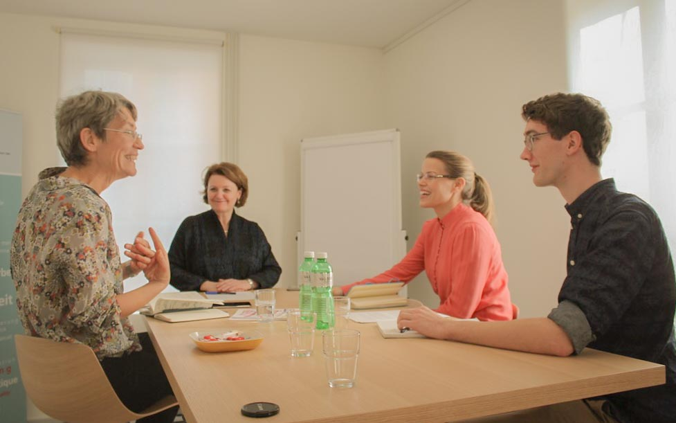 The Gender Lab Explorers during their Interview with EBG director Sylvie Durrer (at the top of the table).