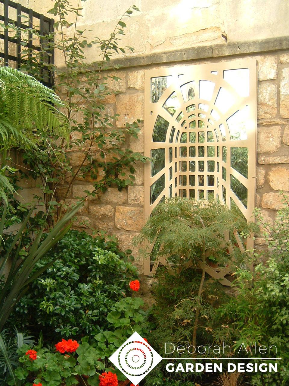 Jane Hull's Moroccan garden 008.jpg