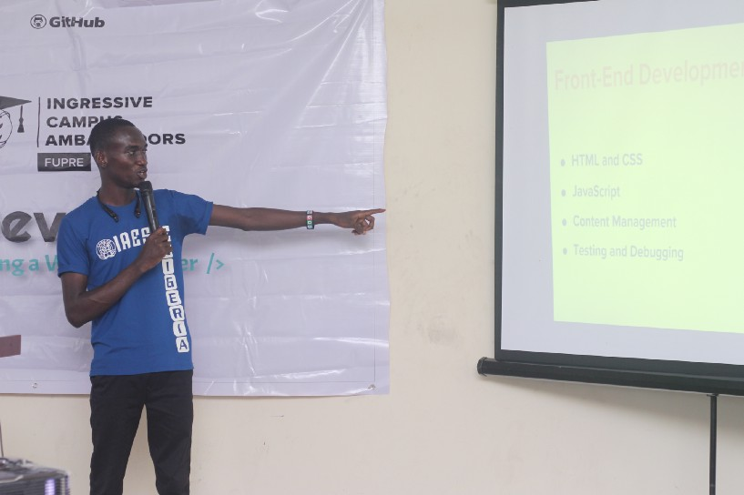 Mr Nosa speaking on Becoming a Web developer