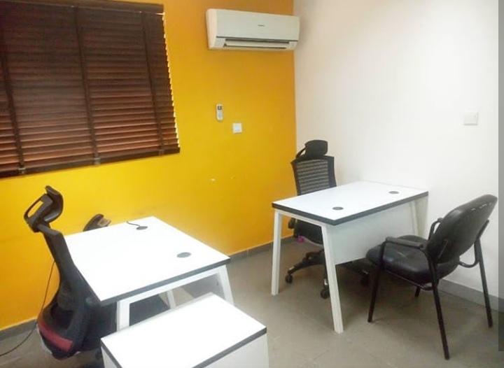 Venia Business Hub 2man Office.jpeg