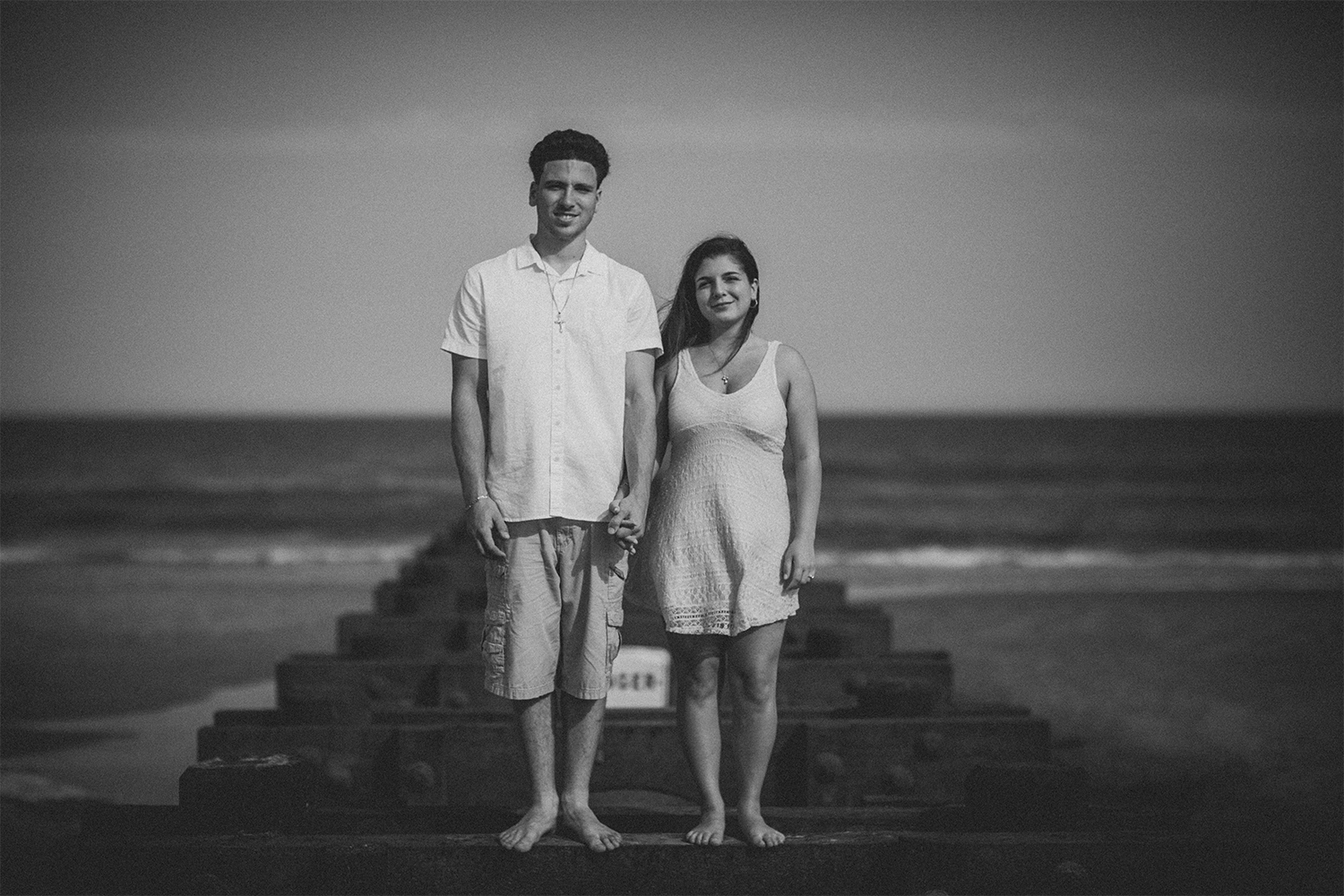 New_Jersey_Wedding_Photography_Engagement_Session_Beach_Session_Couple_009.jpg