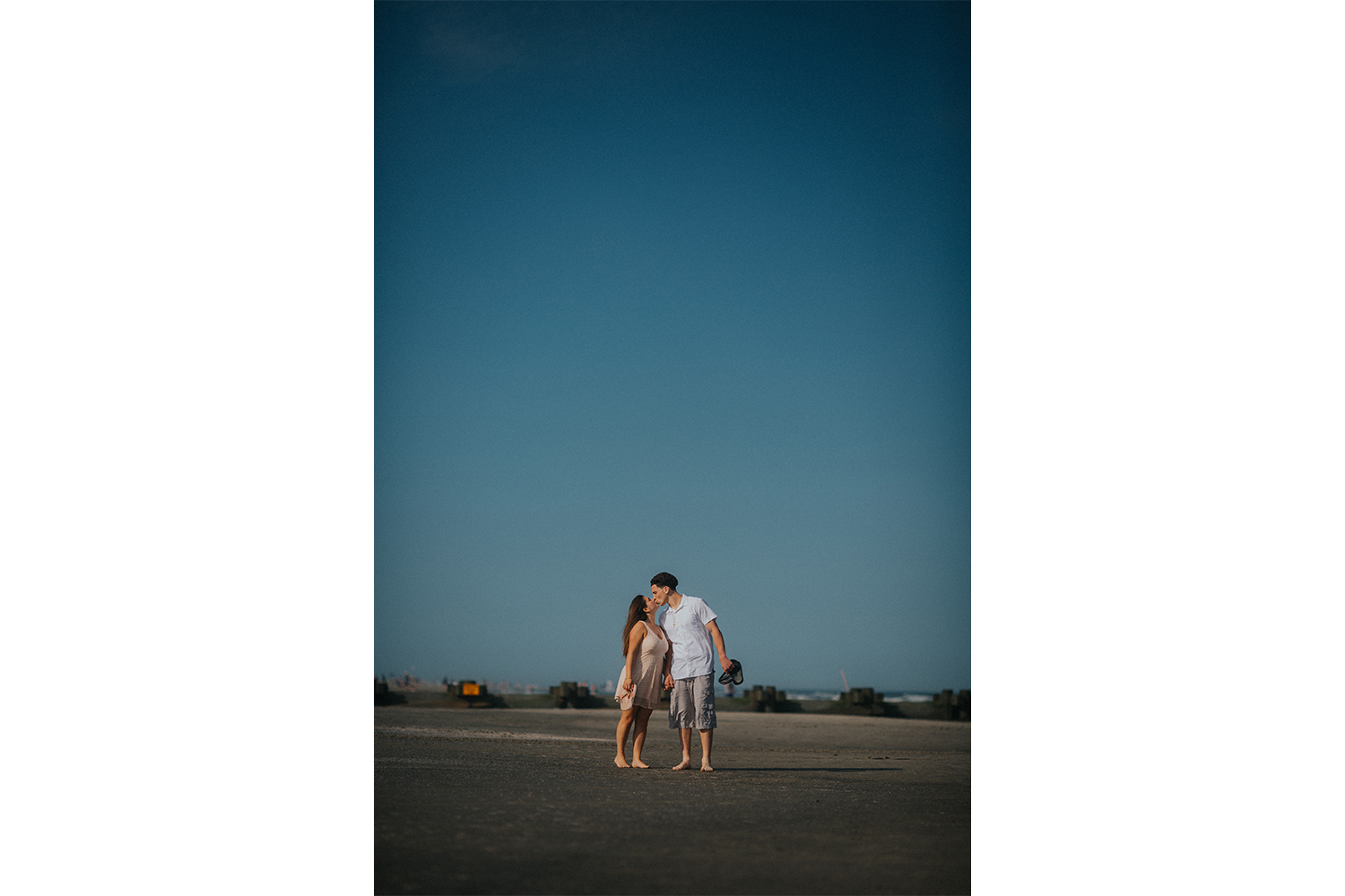 New_Jersey_Wedding_Photography_Engagement_Session_Beach_Session_Couple_013.jpg