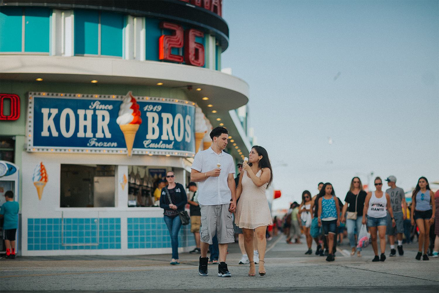 New_Jersey_Wedding_Photography_Engagement_Session_Beach_Session_Couple_025.jpg