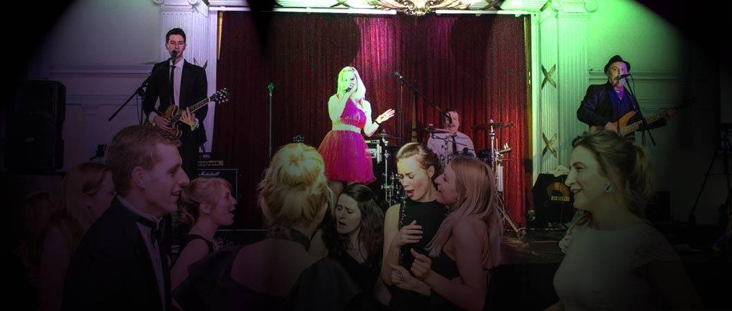 Taylormade-Live-Wedding-Band-Showcase